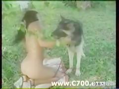 Dos negras para un perro